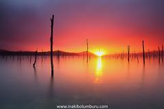 INTO THE LIGHT (Obikani) Tags: lake sunset storm sun light reflections araba álava pantano urtegia euskadi canonikos