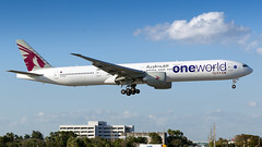 One World Qatar 777. (spencer.wilmot) Tags: oneworld qatarairways qtr qr 777 777300 777300er 773 77w boeing b777 b77w b773 specialcolours speciallivery specialmarkings miami mia kmia florida arrival widebody heavy huge longhaul landing long aviation aircraft airplane airliner airport approach civilaviation plane jet jetliner twin a7baa flav flap