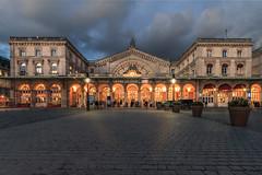 Gare de L'est (Michel Hincker) Tags: dusk night architecture blue orange light clouds perspective canon 100d efs 1022