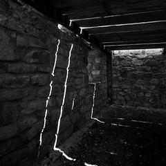 luci (Marco Forgione) Tags: medievale casa toscana tuscany campiglia miniera parco archeminerarario livorno bn bw grandangolo luce ombre nikon d90 lightroom