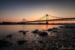 Uerdinger Rheinbrücke (Re Ca) Tags: krefeld uerdingen nrw brücke bridge sunset sonnenuntergang goldenhour goldenestunde langzeitbelichtung longexposure landscape nd30 canon sigma1020mm eos70d landschaft rhein river
