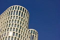 ...rund um (Pittiplatsch der Große) Tags: berlin deutschland germany architektur hochhaus kurven hochhinaus wolkenkratzer