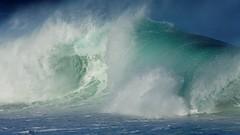 IMG_6955 Furious waves (Rodolfo Frino) Tags: waves sea pcean oceano blue blueocean deepblue breaking foam power energy violent sydney australia naturaleza nature natur natural naturalbeauty naturebeauty naturesbeauty natura navyblue mar ma air wind
