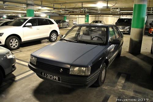 Renault 21 - France (oldtimer plates)