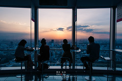 on the sky (Pop_narute) Tags: ropponggi tokyo japan skyline sunset cloud people japanese life street cityscape