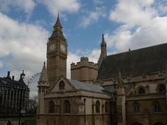Palace of Westminster / Houses of Parliament (Fotorob) Tags: verenigdkoninkrijk engeland greaterlondon barrycharles architecture landbestuursgebouw bestuurrechtoverhgeb gotisch bestuursgebouwenonderdl stijl england architectura architectuur londonboroughofwestminster
