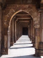 Gujarat 2015 (hunbille) Tags: india gujarat ahmedabad oldcity old city kalupur pol kalupurpol jamimasjid jami masjid jama mosque jamma jumma jammi arch shadow