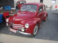 IMG_0207 (model44) Tags: hognoul ancêtres voiture oldtimer