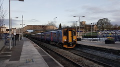 First Great Western 150265 / 233.  2V93 1730 Weymouth - Bristol Temple Meads. Trowbridge. 4th April 2017 (Ajax46.) Tags: firstgreatwestern trowbridge 150265 150233 2v931730weymouthtobristoltemplemeads 4thapril2017