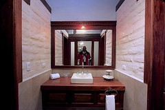 Hotel Hacienda Abraspungo (oxfordblues84) Tags: hotelhaciendaabraspungo hotel haciendaabraspungo hotelroom riobamba ecuador riobambaecuador bathroom hotelbathroom me eric mirror sink man guy traveler tourists