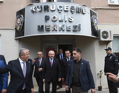 10 NISAN POLIS HAFTASI NEDENIYLE KARAKOL ZIYARETI (FOTO) (CHP FOTOGRAF) Tags: siyaset sol sosyal sosyaldemokrasi chp cumhuriyet kilicdaroglu kemal ankara politika turkey turkiye tbmm meclis polis karakol hafta 10nisan izmit kurucesme kocaeli