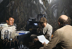 Kenny Baker, Mark Hamill and Irvin Kershner discussing a scene on the Dagobah set (Tom Simpson) Tags: starwars theempirestrikesback empirestrikesback behindthescenes film movie vintage markhamill lukeskywalker dagobah set irvinkershner kennybaker r2d2 artoo