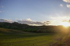 Cupo Primaverile ([Rirri]) Tags: valdorcia toscana tuscany siena italia italy tramonto sunset primavera spring cupo dark castiglionedorcia val dorcia campo field poggio covili