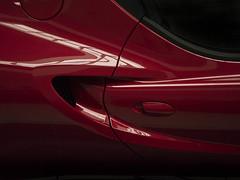 Alfa Romeo Spider (*Nils aus Kiel*) Tags: alfaromeospider racing power speed red curves sportwagen roadster lights shadows reflections cars colors
