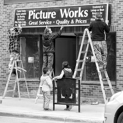 Picture Works (Richard Pilon) Tags: candid people bw ottawa blackandwhitephotography blackwhite blackandwhite canada street storefront olympus city streetphotography