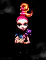 Ginna Bottle (Suteki_Neko) Tags: doll magic genie djinn monsterhigh newghoul 13wishes gigigrant sultansting