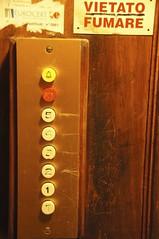vietato fumare (freddie boy) Tags: italy elevator genoa fumare vietato