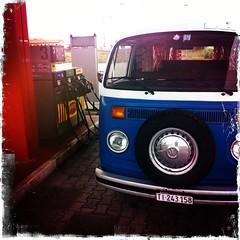 """Il bulli fa rifornimento<br /><span style=""""font-size:0.8em;"""">Il nostro furgone alla pompa di benzina</span> • <a style=""""font-size:0.8em;"""" href=""""https://www.flickr.com/photos/100654564@N04/10693476253/"""" target=""""_blank"""">View on Flickr</a>"""