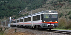 Renfe 470-144C San Clodio-Quiroga 27-12-2013 (Londeras) Tags: train tren san regional quiroga renfe clodi