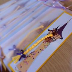 tema Rapunzel.  Personalização de itens decorativos e lembranças. Por Carla Medianeira Silva Nogueira - carlamedianeira@gmail.com - carlamedianeiraestampas.blogspot.com.br (carlamedianeira@gmail.com) Tags: digital torre arte bolo pascal festa menina rapunzel camaleão ilustração tangled princesas personalizados lembrancinhas guloseimas festarapunzel