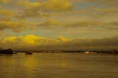 Inundaes ao fim da tarde (Capturedbyhunter) Tags: portugal pentax da santarm fernando marques f28 k5 ribatejo coruche 1650 sorraia caador cheias inundaes fajarda {vision}:{clouds}=0786 {vision}:{sky}=0923 {vision}:{sunset}=0808