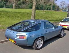 Porsche 928 (ukdaykev) Tags: porsche 928 c199jat car vehicle porsche928 2007 halesowen porscheshop coupe