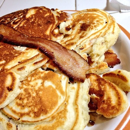 """Bacon pancakes for international pancake day! <a style=""""margin-left:10px; font-size:0.8em;"""" href=""""http://www.flickr.com/photos/115365437@N08/12946004173/"""" target=""""_blank"""">@flickr</a>"""