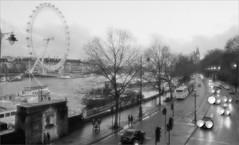 (frscspd) Tags: bridge london thames river soft traffic pentax 28mm bigben theeye thelondoneye 28mmsoft