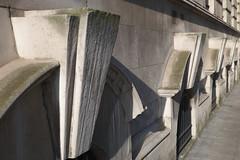 Belfast City Hall (John D McDonald) Tags: building architecture arch cityhall basement belfast northernireland keystone ni archway chiaroscuro edwardian ulster belfastcityhall edwardianarchitecture alfredthomas donegallsquare donegallsquaresouth alfredbrumwellthomas brumwellthomas