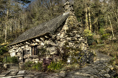 Ty Hyll (The Ugly House). (alex.vangroningen) Tags: house old snowdonia bikes barrel roof forest trees ugly outdoors nikond7000 nikon18200mm