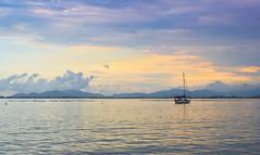 veleiro na Ponta do Papagaio (crismdl) Tags: seascape blue mer mar oceano sunset veleiro praiadebaixo pinheira santacatarina sc brasil brésil brazil