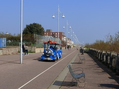 The little road train is back on Lowestoft seafront (Kirkleyjohn) Tags: lowestoft lowestoftpromenade roadtrain seaside perspective