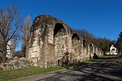 Pont Siphon de Beaunant - Sainte Foy les Lyon - Rhône (Vaxjo) Tags: lyon rhônealpes auvergnerhônealpes empireromain romanempire vestigesgalloromain saintefoyleslyon aqueduc beaunant aqueducdugier