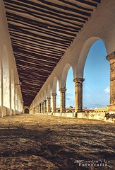 izamal 4410 ch (Emilio Segura López) Tags: convento conventofranciscano corredor arcos arcada arco atrio izamal yucatán méxico