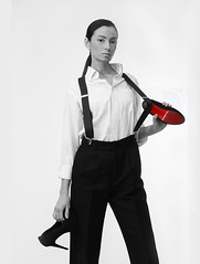 She's The Boss (juanjorodríguezMX) Tags: heels woman model modelo mujer femme donna mulher modeling blackandwhite selectivecolor red suspenders tirantes