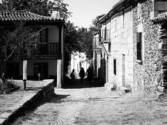 Granadilla (_Suminch_) Tags: pueblo village fz200 suminch blackandwhite bnw