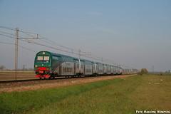 Vivalto Express (Massimo Minervini) Tags: vivalto trenord regioexpress gazzo cremona lineamantovacremona viaggiatori passeggeri treno canon400d trains