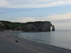 2006-07-08-0006.jpg (Fotorob) Tags: natuurverschijnsel frankrijk stack kust seinemaritime kustplaats water hautenormandie france étretat