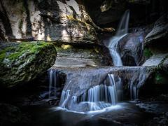 Le puit des Tines (01-Fr) (tontonlabiere) Tags: nikon nikond800 ain instantdanslain hthphotos river waterfall cascade rhônealpes france hautbugey terre valserine bugey