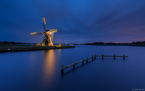 Mill De Helper at blue hour