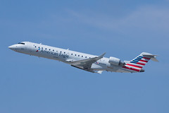 American Eagle (SkyWest Airlines) Bombardier CRJ-701ER N703SK (jbp274) Tags: lax klax airport airplanes skywest oo bombardier crj americaneagle