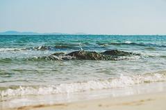 Black Sea Tiny Splash (jennydasdesign) Tags: ocean travel blue sea vacation beach nature water strand 50mm rocks dof grain bluesky bulgaria splash blacksea vatten hav nesebar stenar bulgarien nessebar primelens blackseacoast nesebur svartahavet dt50mmf18sam sonyslta57