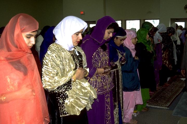 essay on eid ul fitr for class 4