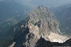 A cliff - view from Zugspitze (Vahan Aghajanyan) Tags: mountains germany deutschland austria cliffs tyrol zugspitze