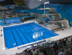 Diving Pool (f0rbe5) Tags: uk greatbritain blue london olympics day3 olympicpark stratford 2012 olympicgames springboard london2012 divingpool aquaticscentre highboard divingboards 3mboard xxxolympiad 10mboard