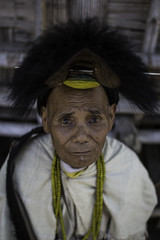 nyishi tribesman wearing the traditional head-dress having a hornbill beak, arunachal pradesh (anthony pappone photography) Tags: travel portrait india wearing canon spirit traditional oldman hut ritratto along shaman headdress arunachal nishi tribesman capanna arunachalpradesh animist ziro daporijo animisti bucero hornbillbeak niyshi nishitribe donyipolo niyshitribe nishitribal