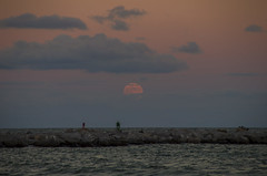 IMGP7450 (Michael Supinski) Tags: sunset moon beach sand waves florida crab jettypark floridasunset penumbraleclipse cocoabeachflorida portcanaveralflorida