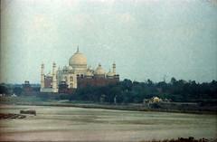 Agra Red Fort आगरा का किला Uttar Pradesh India Taj Mahal and Yamuna River View Feb 1990 083 (photographer695) Tags: taj agra mahal india red fort आगरा का किला uttar pradesh yamuna river view feb 1990