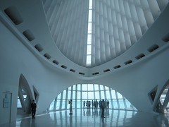 "Main Atrium in Milwaukee Art Museum • <a style=""font-size:0.8em;"" href=""http://www.flickr.com/photos/109120354@N07/11043096894/"" target=""_blank"">View on Flickr</a>"