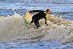 Grnt och svart 2 (Quo Vadis2010) Tags: sea beach strand se surf waves sweden wave surfing sverige westcoast halmstad sandhamn hav halland vgor brda vstkusten vg kattegatt thewestcoast wavesurf wavesurfing vtdrkt laholmsbukten vgsurfing vgsurf surfbrda municipalityofhalmstad halmstadkommun